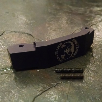 AR-15 Oversized Trigger Guard - Honey Badger