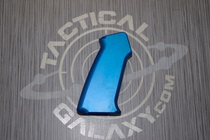 AR-15 SLICK SIDE ALUMINUM PISTOL GRIP BLUE ANODIZED