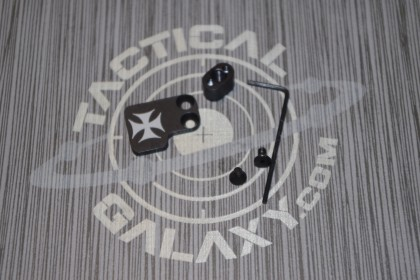 AR-15 2PC Oversized Magazine Extended Release Button - Maltese Cross
