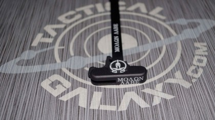 AR-15 MOLON LABE charging handle