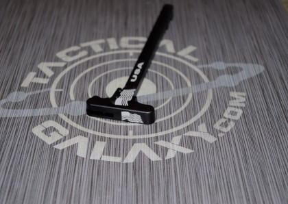 AR-15 Wavy Flag Charging Handle