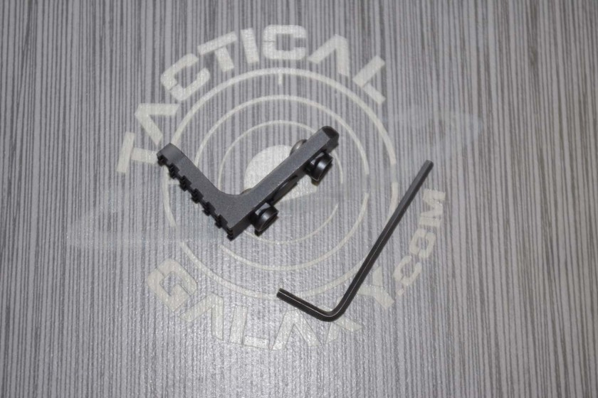 AR-15 HANDGUARDS AND PARTS