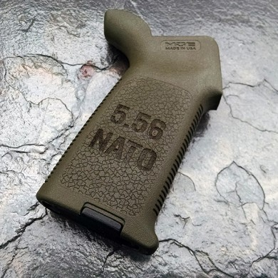 AR-15 / M4  MAGPUL MOE GRIP - 5.56 NATO (choice of color)
